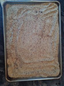 Deja enfriar el pan y guardalo en un recipiente con tapa y escribe la fecha en que hiciste el pan.