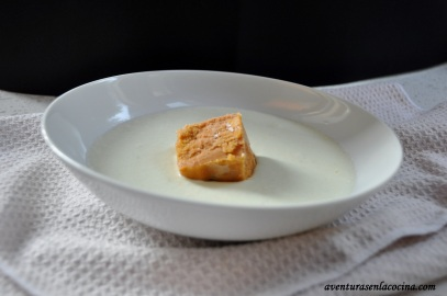 Crema de pepino con sorbete de tomate