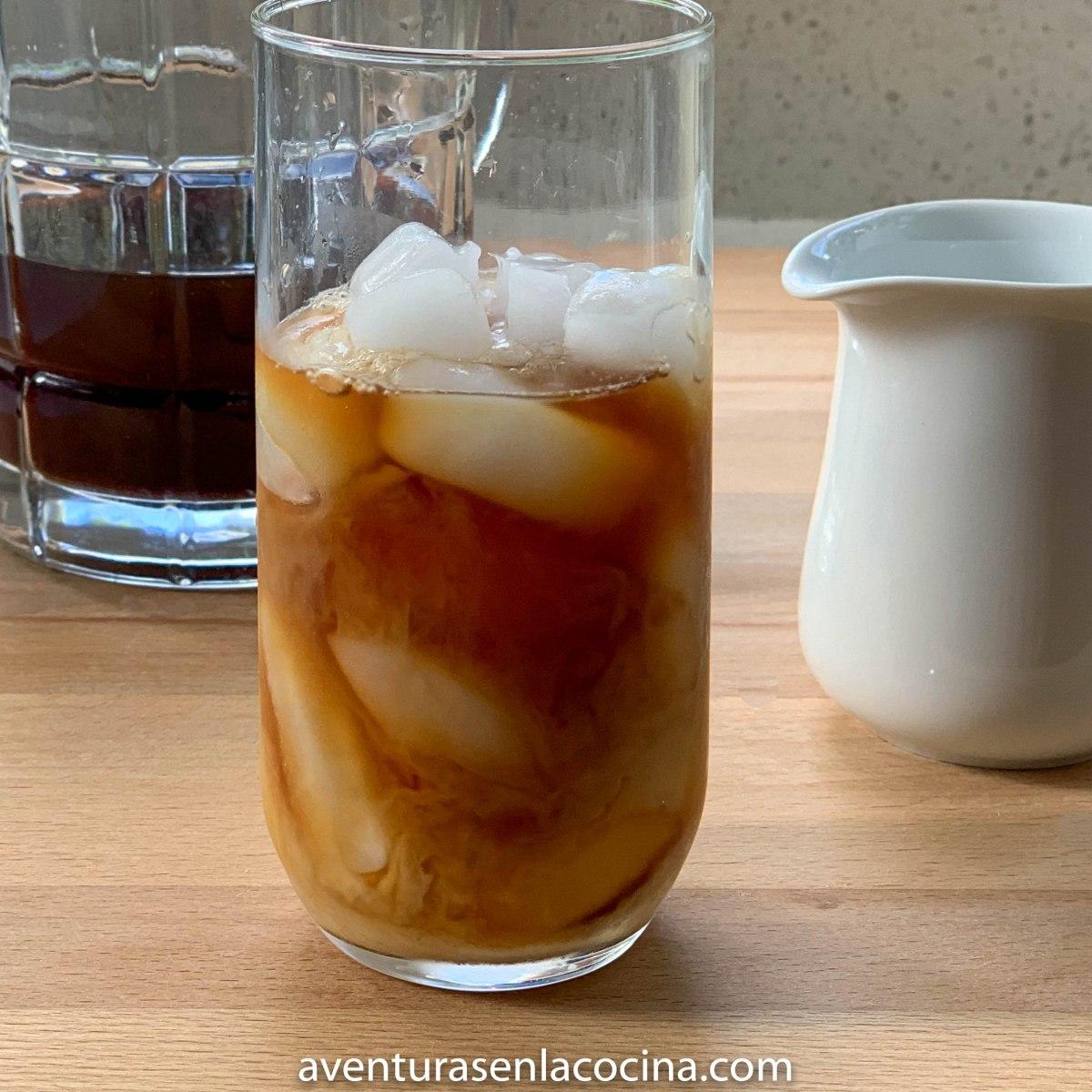 Como hacer Té frio con leche y especias