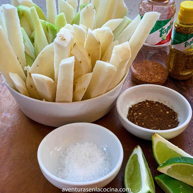 Snack con verduras y tajin