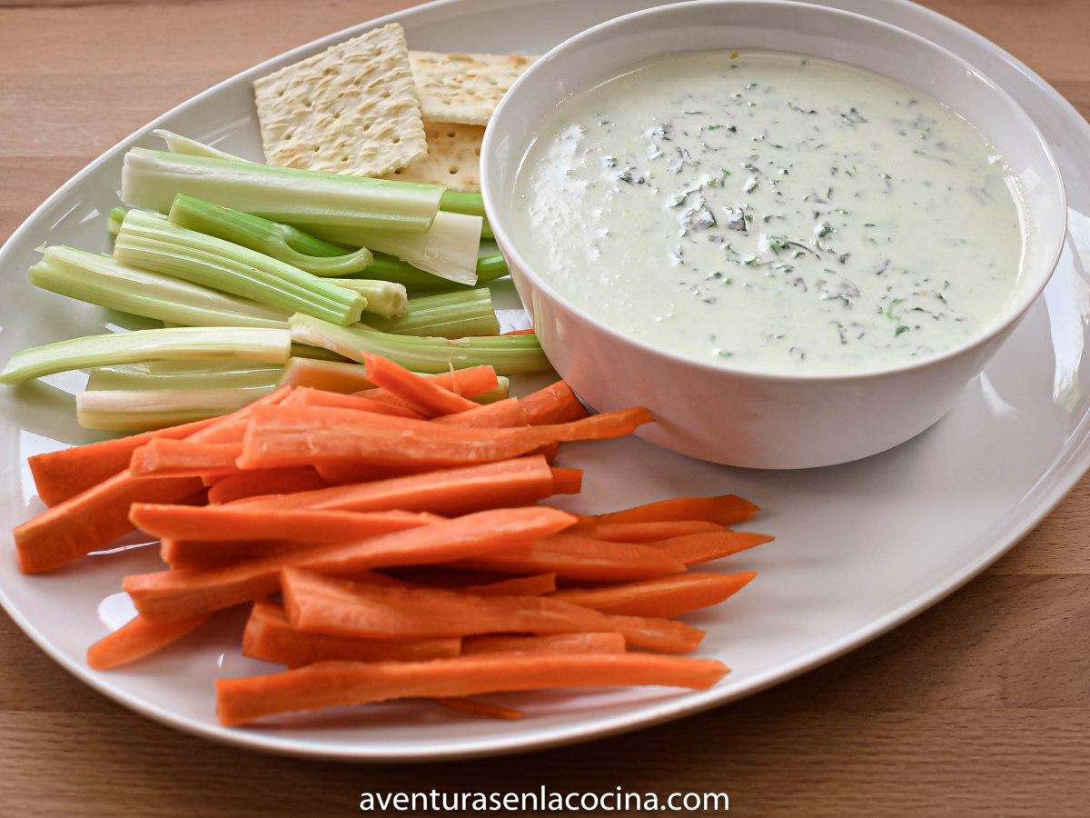 Dip vegetariano de queso y espinaca